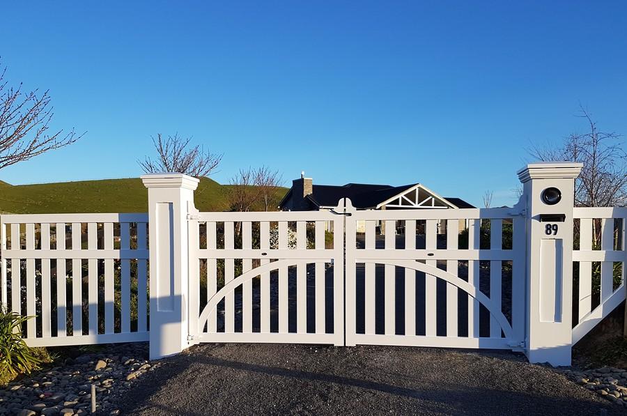 Madison Swing Gate